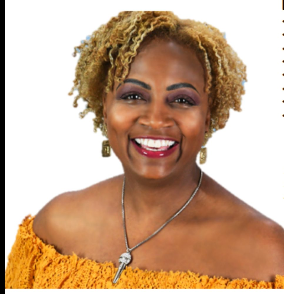 Tamara G, Host